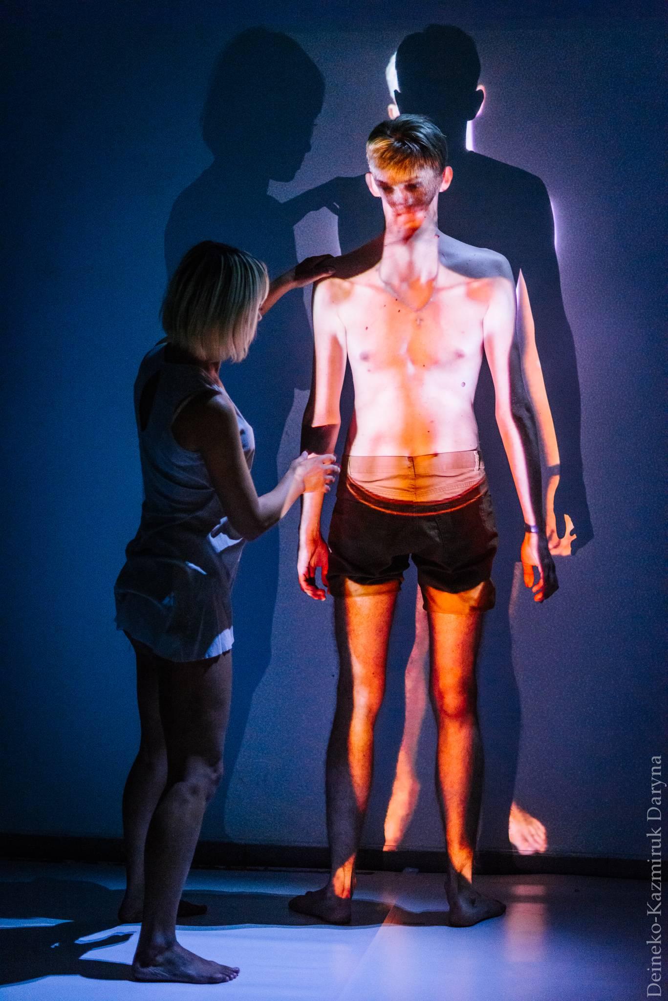 Медіатехнології у театрі: результати лабораторії перформативних медіатехнологій «I-Reflections Lab»